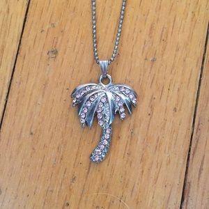 Jewelry - Palm tree necklace 🌴